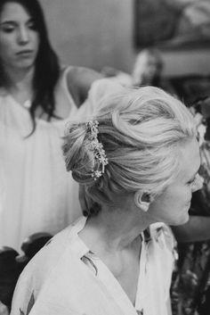 Wedding Hair, Stylist: Gabi Johnson - Arizona Wedding  http://caratsandcake.com/meganandjonathan