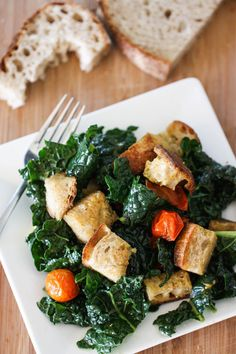 Kale Panzanella Salad is a light, yet hearty lunch with sweet roasted cherry tomatoes with vinaigrette.