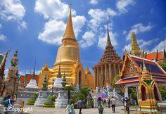 http://static.asiawebdirect.com/m/bangkok/portals/bangkok-com/homepage/attraction-temple/wat-prakaeo/allParagraphs/010/image/wat-phra-keaw-bangkok.jpg
