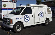 postal police photos | Chevy/RS/ElectroLux Postal Police, State Police, Old Police Cars, Police Truck, Radios, Emergency Vehicles, Police Vehicles, California Highway Patrol, 4x4 Van