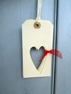 Heart Gift Tags but for Christmas use trees??
