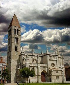 Valladolid - Castilla y León   La Iglesia de Santa María de La Antigua