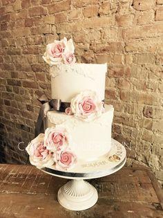 Vintage Wedding Cake Engagement Love Fondant