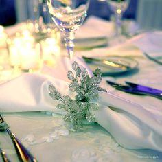 Napkin ring crystal detail