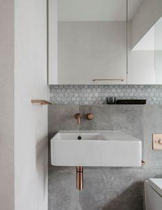 Find more bathroom decor for your interior design project at http://essentialhome.eu/