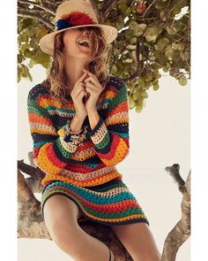 Bom dia! Fomos até o destino do momento Anguilla no Caribe para clicar as grandes estrelas fashion deste verão: bermudões tops de neoprene estampas troplicalientes e muito muito muito crochê. Inspire-se no link da bio e atualize o seu closet de verão.  Na #glamourdejaneiro tem isso e muito mais. (: @gil_inoue)  via GLAMOUR BRASIL MAGAZINE OFFICIAL INSTAGRAM - Celebrity  Fashion  Haute Couture  Advertising  Culture  Beauty  Editorial Photography  Magazine Covers  Supermodels  Runway Models