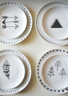 The best DIY projects & DIY ideas and tutorials: sewing, paper craft, DIY. DIY Gifts Ideas 2017 / 2018 DIY: Decorated Plates -Read More - Do It Yourself Inspiration, Style Inspiration, Crafty Craft, Crafting, Diy Projects To Try, Clay Projects, Diy And Crafts, Tape Crafts, Diy Room Decor