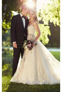 Essense of Australia Wedding Dress Style D1751