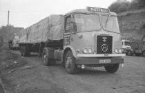 Old Lorries, Horse Drawn, Commercial Vehicle, Photo Archive, Old Trucks, Britain, Transportation, Powder, Classic