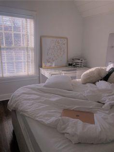 See more of reillykrug's content on VSCO. Room Design Bedroom, Room Ideas Bedroom, Home Bedroom, Bedroom Decor, Bedrooms, Bedroom Inspo, Bedroom Colors, Room Ideias, Aesthetic Room Decor