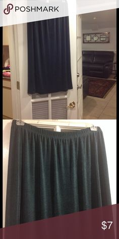18-20 Kathic Lee long skirt good condition 18-20 Kathic Lee long skirt with elastic waist good condition Kathic Lee Skirts Maxi