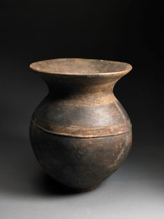 Senufo, Cote d'Ivoire. Vessel. Dick Jemison African Ceramic Collection, Birmingham Museum of Art, AL