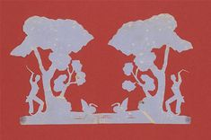 Mirrored cut with trees and bushes Discover all the paper cuts by Andersen here.