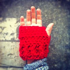 Hand Crocheted Finger-less gloves in LUMO RED. Made with LOve by www.lo-studio.biz http://www.facebook.com/lostudiopage