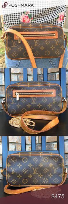 4deda037106b Louis Vuitton shoulder bag crossbody Authentic. Date code SD0032. Canvas in  great condition