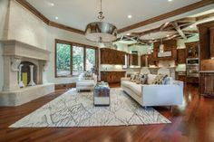 3620 Maplewood Avenue, Dallas, TX 75205. Offered by Doris Jacobs I Doris Jacobs Real Estate.