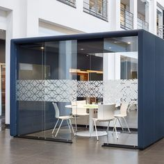 Ahrend #Flexbox, the ideal solution for #activity based working within the modern open-space #office. Completely #transparent and #lockable. A #modular, #functional space in space solution for (informal) #meetings, phone calls, concentrated #work or #conferencing