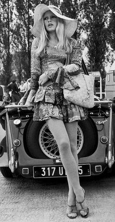 Boho chic-dom at its best! Brigitte Bardot, 1960s.