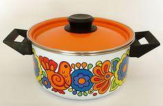 Retro Lord Nelson Gaytime Casserole Pan, 1970's Vintage Enamel Saucepan.