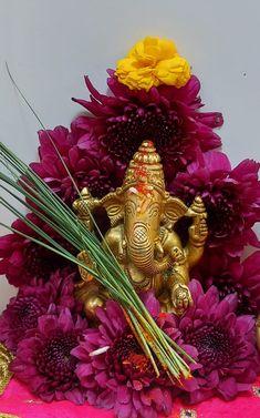 Shri Ganesh Images, Ganesh Chaturthi Images, Ganesha Pictures, Ganesha Rangoli, Ganesha Art, Lord Ganesha Paintings, Lord Shiva Painting, Shiva Art, Hindu Art