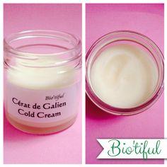 Cérat de Galien ou plus communément la Cold Cream Cold Cream, Make Beauty, Beauty Stuff, Beauty Recipe, Belleza Natural, Natural Cosmetics, Organic Beauty, Natural Beauty, Glass Of Milk