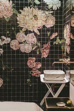Casinha colorida: Banheiros que esbanjam beleza e charme