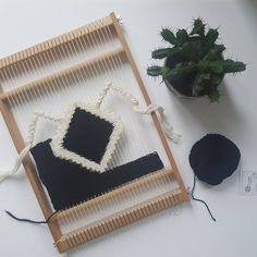 TOANWTS - progress on my twin peaks inspired wall hanging - soon to be listed on etsy @malanjwoven