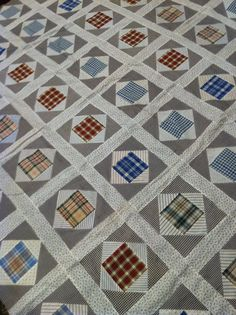 Beautiful vintage block pattern quilt top 1930s