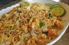 La Recette du Riz Frit Thaïlandais, le Khao Pat (ข้าวผัด) Toute la Thaïlande 2020 - The Best Asian Recipes Crab Fried Rice Recipe, Thai Fried Rice, Thai Rice, Shrimp Fried Rice, Rice Recipes, Asian Recipes, Cooking Recipes, Ethnic Recipes, Chinese Recipes