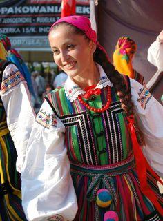 Folk costumes from Opoczno, Poland.