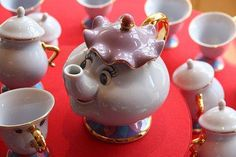 Beauty and the Beast- I wish I had known they had a set like this... I so would have bought them... wonderful addition to my teapot collection!