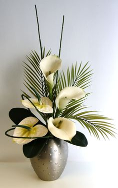 ginger & lily floral design | Ivory and Green Arrangement with Calla lilies and Anthurium