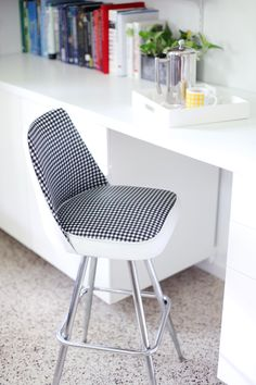 Vinyl Chair Makeover