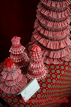 Smocked Christmas Towers♪ by Smocking Corbeille