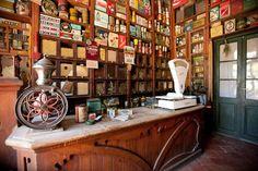 Antiga botiga Casa Leonardo in Senterada Lleida. I spent all my childhood holidays . Thank you for this wonderful memories.
