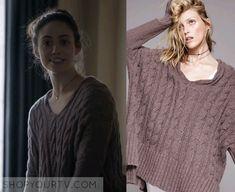 Shameless: Season 6 Episode 10 Fiona's V Neck Cable Knit Sweater