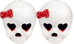 SOURPUSS GIRLY SKULL SALT & PEPPER SHAKERS What a darling duo of salt & pepper shakers from Sourpuss! This pair of hand painted, ceramic girly skull shakers feature a red & white polka dot bow, heart shaped eyes & the perfect fit for your kreepy kitchen. Retro Tattoos, Pin Up Tattoos, Salt N Pepper, Salt Pepper Shakers, Rum, Girl Skull, Punk Goth, Heart Shapes, Girly