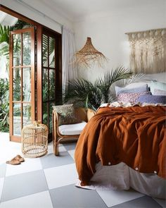 9 Stunning Useful Tips: Natural Home Decor Modern Texture natural home decor living room floors.Natural Home Decor Bedroom Loft natural home decor house living rooms.Natural Home Decor Earth Tones Colour Palettes. Home Decor Bedroom, Bedroom Furniture, Nature Bedroom, Surf Bedroom, Fall Bedroom, Bedroom Girls, Bedroom Bed, Earth Tone Bedroom, Nature Inspired Bedroom