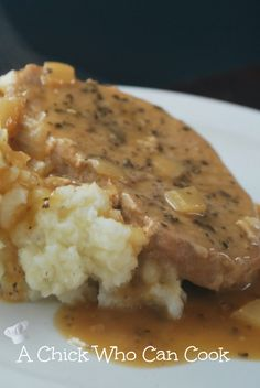 A Chick Who Can Cook: Smothered Pork Chops