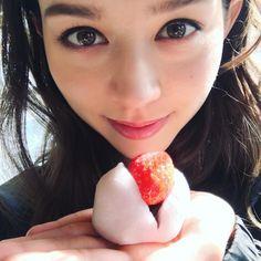 8年前、日本に初めてきた時からずっと大好きないちご大福❤️