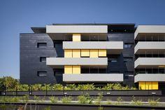 Wohnbebauung bei Bordeaux / Schwarz-grüne Insel - Architektur und Architekten - News / Meldungen / Nachrichten - BauNetz.de