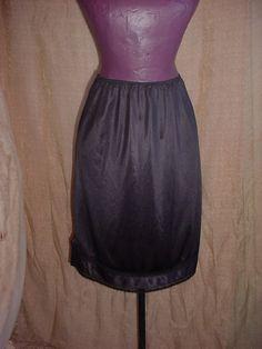 Vintage Sears Black Knee Length Half Slip sz Medium with Trim to Fit Lace F2711 #Sears Seller florasgarden on ebay