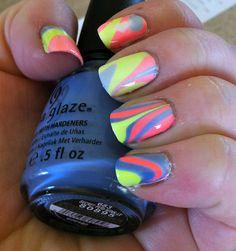 tye dye nails!