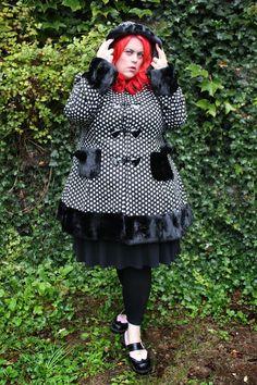 Fatshion Peepshow: Hell Bunny Mika Coat in Plus Size