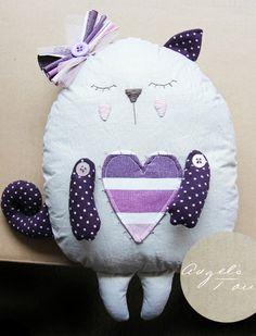 Kot przytulanka - Trafiony prezent