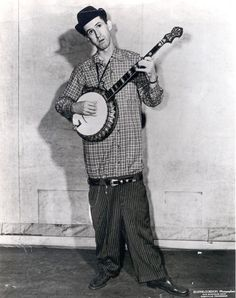 David Akeman (June 17, 1916 – November 10, 1973), better known as Stringbean