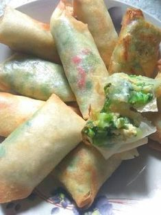 17 Trendy Ideas for brunch ideas food snacks Indonesian Desserts, Indonesian Cuisine, Indonesian Recipes, Unique Recipes, Indian Food Recipes, Asian Recipes, Lumpia Recipe, Food Business Ideas, Snack Recipes