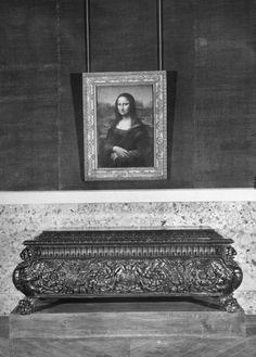 Le Louvre en 1953