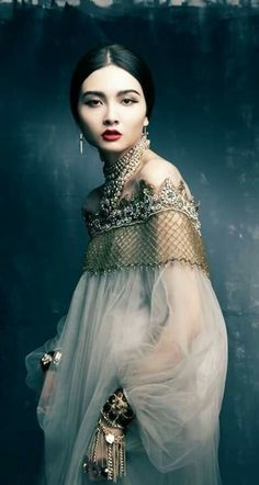 Dreamy alure of fashion design inspires us...,