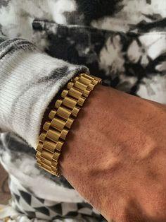 High quality jewelry that is timeless and 18k gold jewellery. 18k Gold Jewelry, Plating, Bracelets, Shop, Silver, Bracelet, Arm Bracelets, Bangle, Bangles
